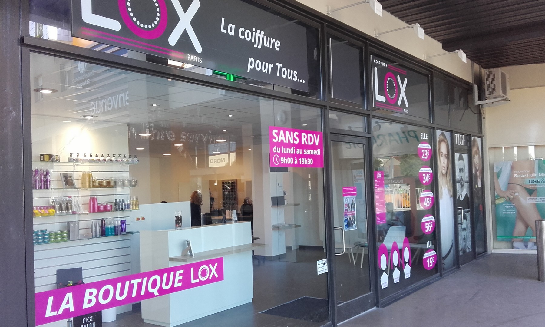 lox coiffure centre commercial carrefour montlu on. Black Bedroom Furniture Sets. Home Design Ideas